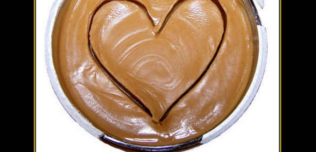 How To Make Your Own Creamy Peanut Butter (And 3 Healthy Recipes)