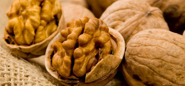 The Incredible Healing Powers Of Walnuts