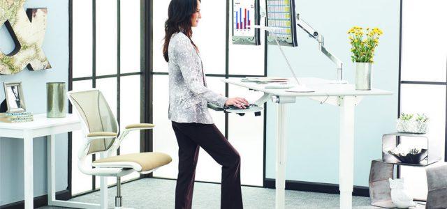 4 Ways Standing Desks Improve Your Health