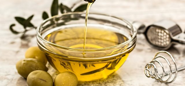 The Best Natural Oils For Your Skin Care Needs