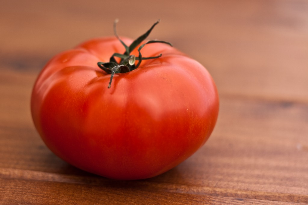 red-tomato-vegetable