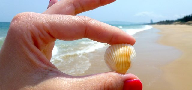 Why You Should Always Apply Sunscreen to Your Nails