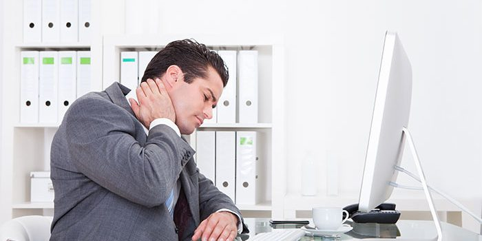 3 Health Tips for Those Who Work at a Desk