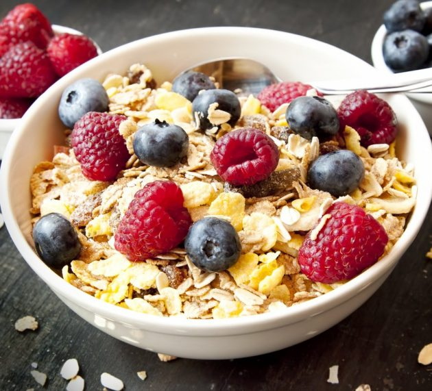 Here's Why Your Fat-free High-Fiber Diet Isn't Harmless
