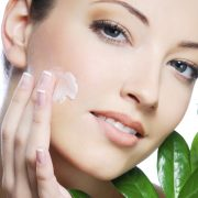 3 Natural Ways to Have Younger Skin
