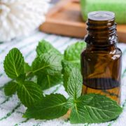 5 Essential Oils To Help You Deal With Asthma